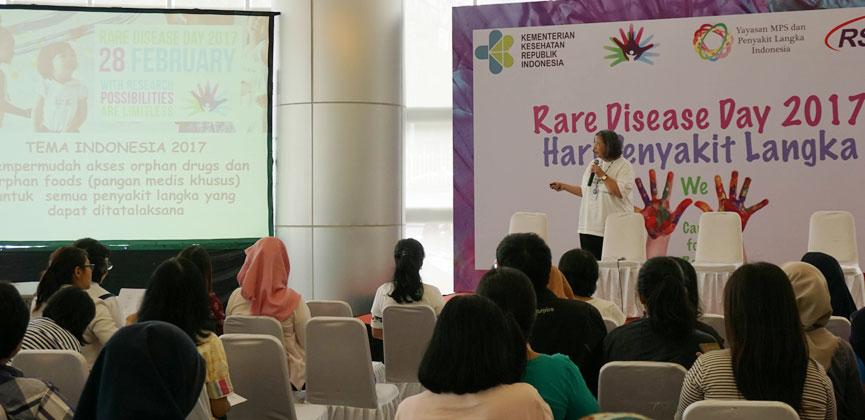 dr. Damayanti R. Sjarif, Sp.A(K),  menjelaskan tema besar pada Peringatan Hari Penyakit Langka 2017